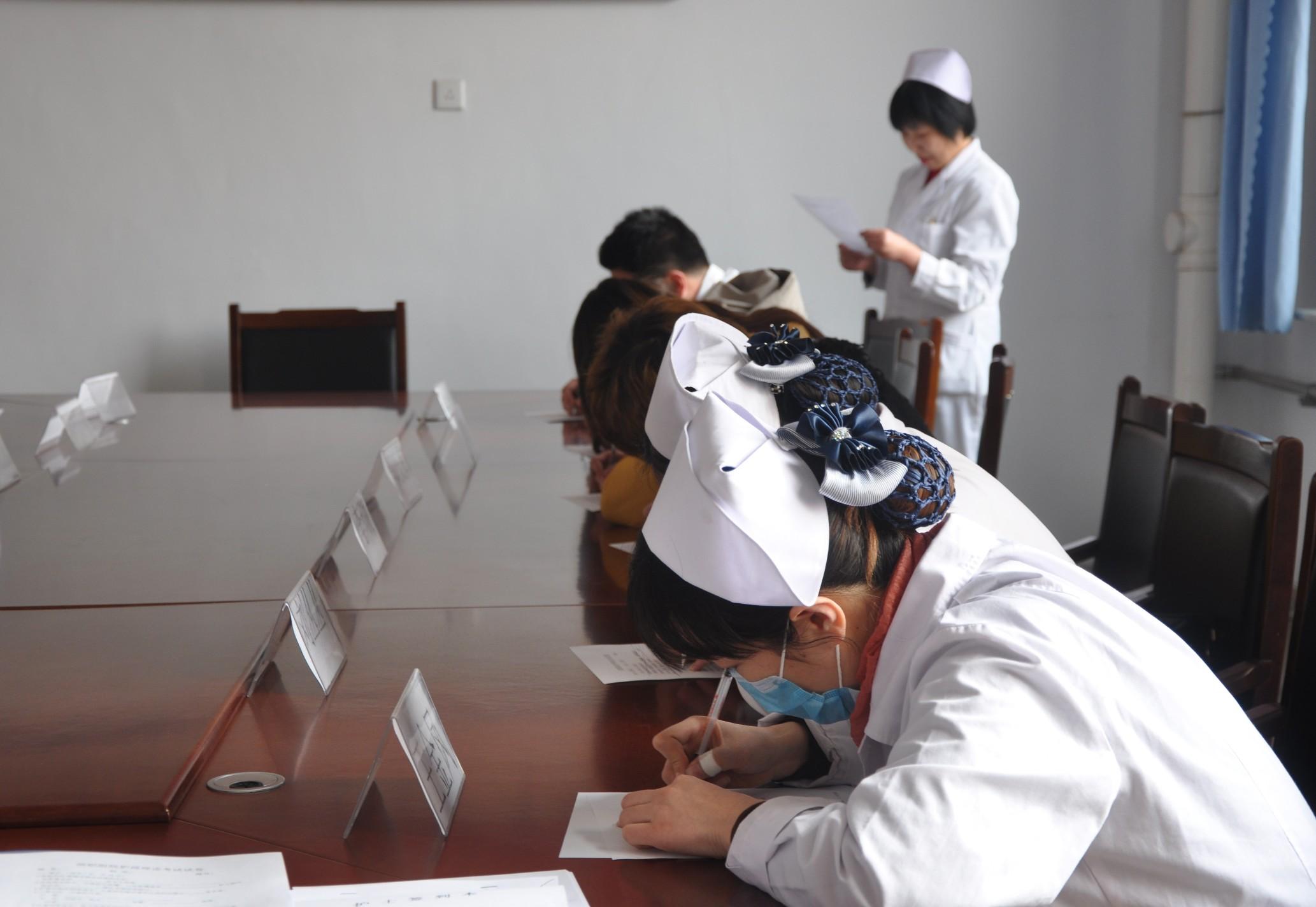 成考本科护理专业可以报考护士资格证吗?